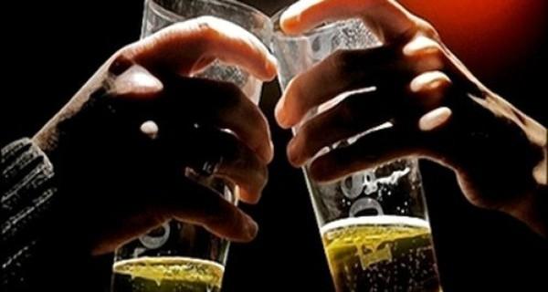 Thuốc lá, bia, rượu... có thể bị tăng thuế
