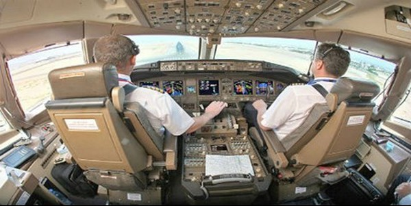 Chê lương 80 triệu/tháng, nhiều phi công muốn rời Vietnam Airlines