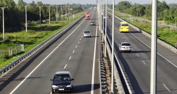 Làm đường cao tốc Trung Lương-Cần Thơ có thể tốn tới 24.500 tỉ đồng