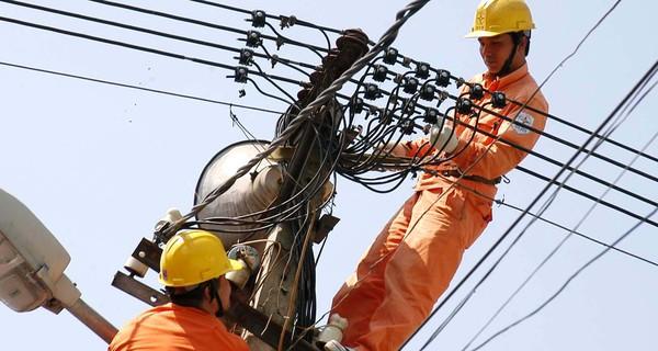 Viện trưởng CIEM: Không thể lấy lý do EVN phá sản để tăng giá điện