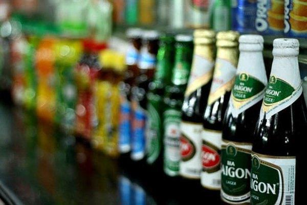 Bia Sài Gòn tiến đánh phân khúc cao cấp: Hãy cẩn thận!