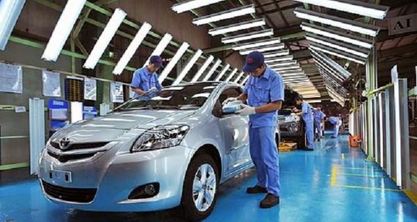 Thị trường ôtô Việt Nam: Đã nhỏ lại thêm teo tóp vì thuế và phí