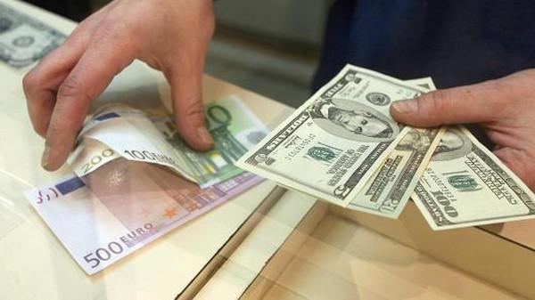 Giá đồng euro tụt đáy 9 năm trước số phận bất định của Hy Lạp
