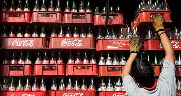 Biểu đồ này cho thấy 20 năm ở Việt Nam, Coca Cola làm ăn tốt như thế nào dù liên tục báo lỗ