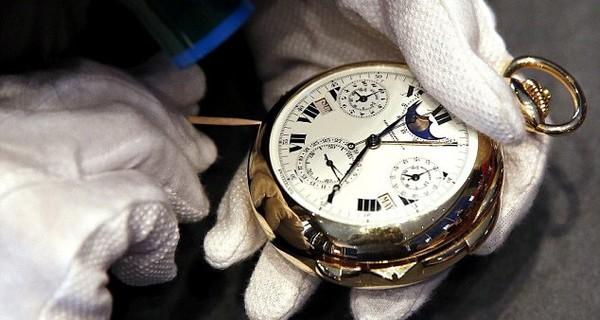 Điều gì tạo nên một chiếc đồng hồ hoàn hảo?