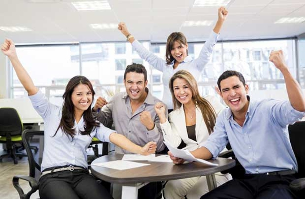 2 yếu tố quyết định sự gắn bó của nhân viên