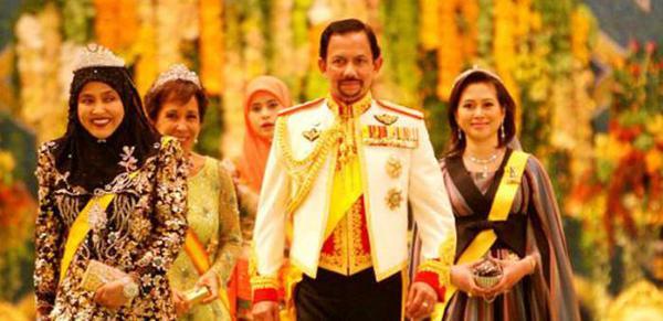 Bộ sưu tập siêu xe xa xỉ nhất thế giới của Quốc vương Brunei