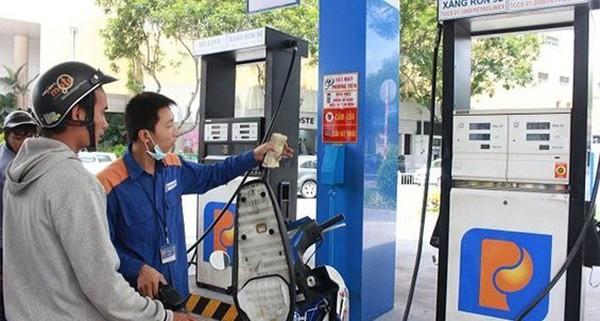 TS. Võ Trí Thành: Không nên lạm dụng tăng thuế nhập khẩu xăng dầu