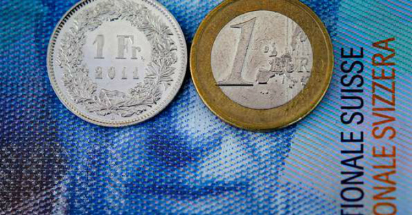 Giới ngân hàng thiệt hại hàng tỷ USD vì Thụy Sỹ