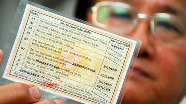 Có nên cấp riêng giấy phép lái xe số tự động?
