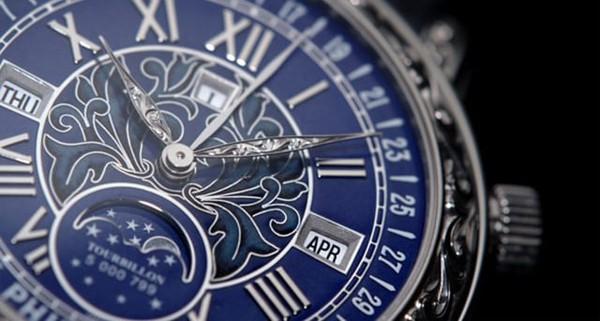 Không chỉ là tuyệt tác đồng hồ, đó là cả một 'bầu trời sao' thu nhỏ trên cổ tay của bạn