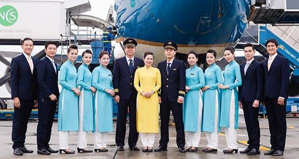 Đội ngũ tiếp viên và phi công của hãng