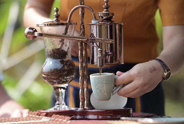 Người khởi nghiệp với cà phê phân voi
