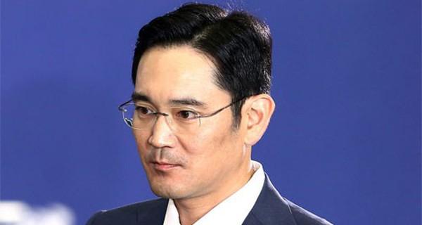 """Samsung và câu chuyện """"truyền ngôi"""" chỉ có ở Hàn Quốc"""
