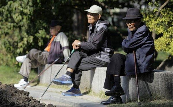 Hàn Quốc đau đầu vì dân 'không chịu tiêu tiền'