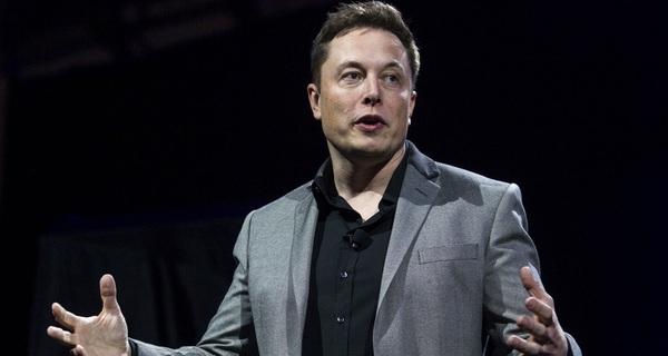 Elon Musk: 1 giờ bức xạ mặt trời đủ cung cấp điện năng cả năm cho Trái đất