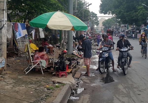 Độc đáo chợ công nghệ cũ Nguyễn Kiệm
