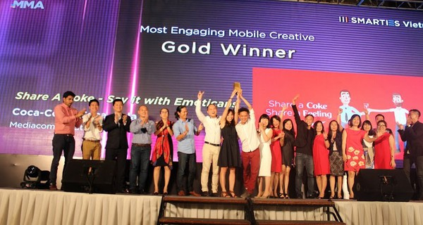 Coca Cola thắng Samsung ở hạng mục Brand Awareness tại The Smarties Vietnam 2015