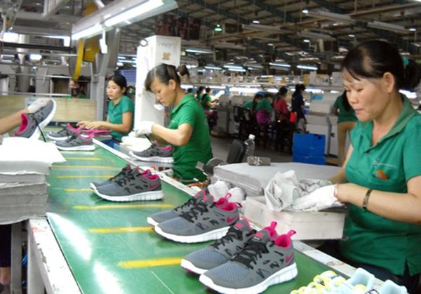Doanh nghiệp gia công giày Nike được công nhận ưu tiên hải quan