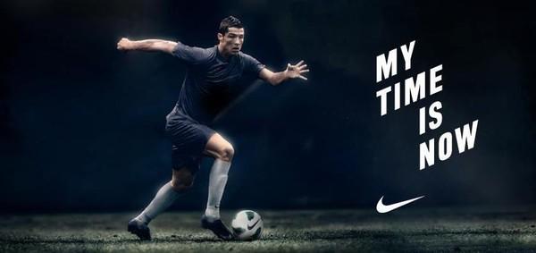Ronaldo làm thương hiệu cá nhân: 1 status đáng giá 1.500 đôi giày