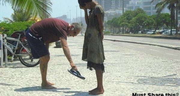 Hãy ngừng ngay việc giúp đỡ người khác và đây là lý do tại sao