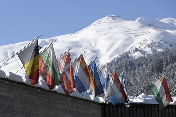 Davos 2015: Quên các thị trường mới nổi đi. Chủ đề nóng giờ là Mỹ