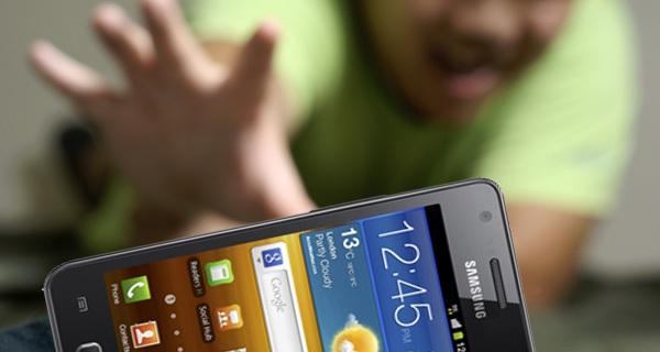 Thử kiểm tra xem bạn có phải là con nghiện smartphone?