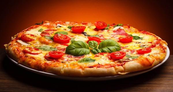 """Từ blogger thành... """"vua pizza"""""""