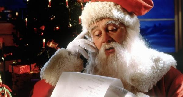 Noel đâu phải chỉ có niềm vui, nó còn có sự phàn nàn, tức giận, đau đớn, giả tạo