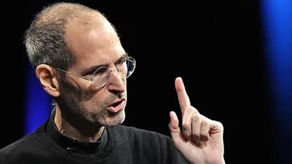 5 điều Steve Jobs nói 'không' mà Apple 'vẫn cứ làm'