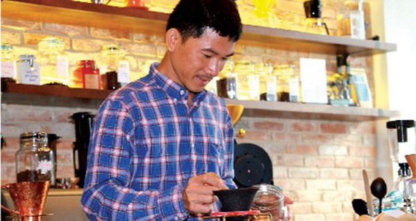 Ông chủ Shin Coffee và con đường gập ghềnh đến với cà phê Việt