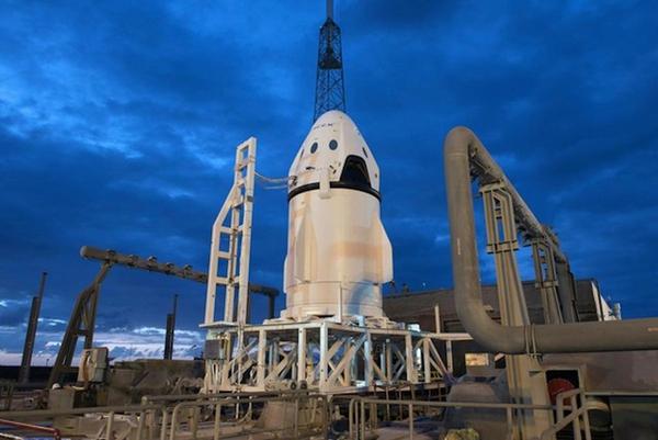 SpaceX phóng thành công tàu Dragon 2, sẽ đưa con người lên không gian vào năm 2017