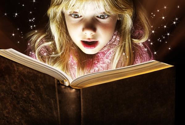 Vì ai cũng thích nghe kể chuyện!