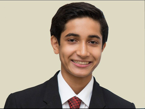 Cậu bé 16 tuổi chế tạo máy in thành thiết bị phát hiện bệnh tim