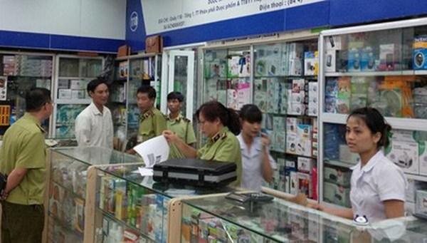 'Chợ' dược phẩm lớn nhất Hà Nội bán hàng không nguồn gốc