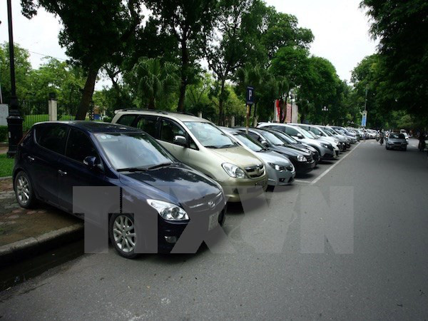 Giá ôtô có thể giảm gần một nửa sau điều chỉnh thuế