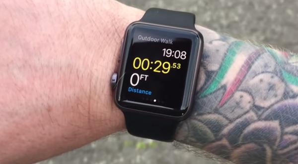 Apple xác nhận hình xăm có thể ảnh hưởng đến Apple Watch