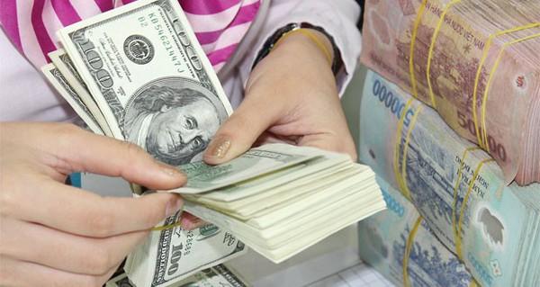 Phó Thống đốc NHNN: Chưa chắc tăng tỷ giá USD/VND thêm 1%