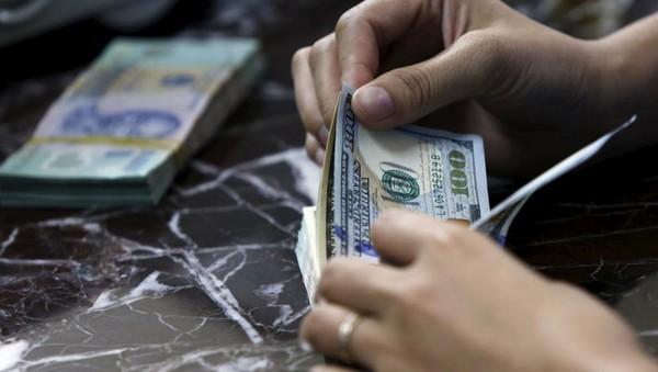 Năm 2015, Việt Nam nhận 12,3 tỉ USD kiều hối, trong đó 7 tỉ USD từ Mỹ