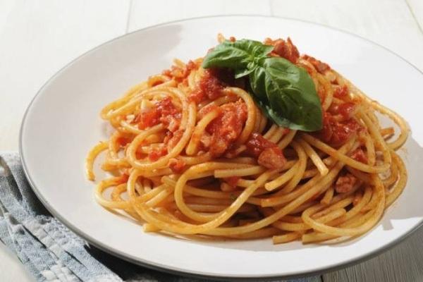 """Hội nhập và """"bát mì Spaghetti"""""""