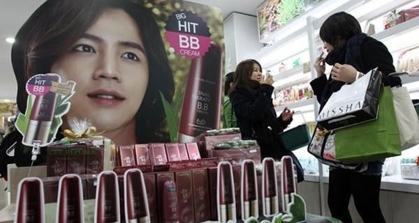 Xuất khẩu mỹ phẩm - động lực tăng trưởng kinh tế mới tại Hàn Quốc