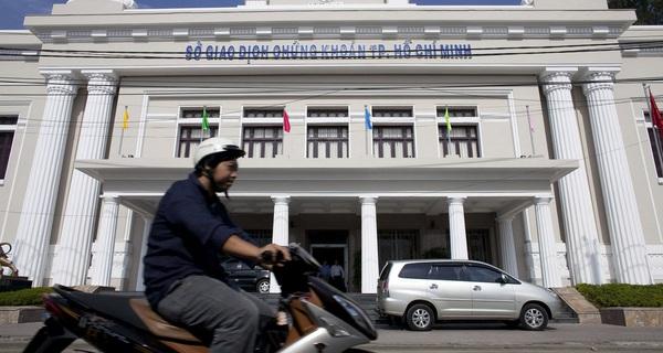 Bloomberg: Chứng khoán Việt Nam sẽ tăng mạnh nhất kể từ năm 2008