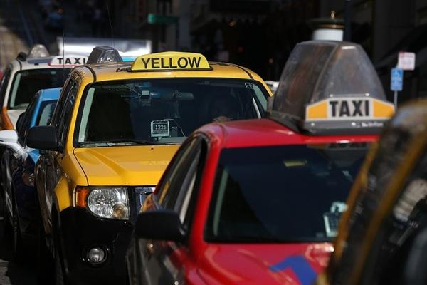 Uber khiến hãng taxi lớn tại Mỹ phá sản