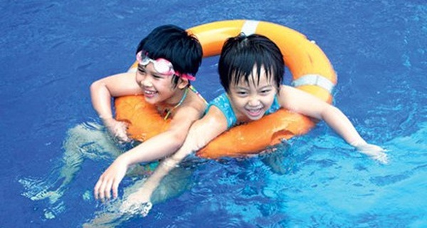 Bộ GD&ĐT ra văn bản 'tăng cường' xây bể bơi