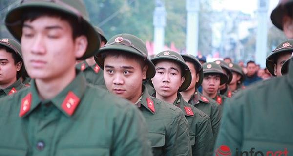 Hơn 2.000 thanh niên Thủ đô viết đơn tình nguyện nhập ngũ