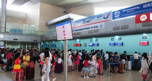 Khách Trung Quốc gây loạn ở sân bay Cam Ranh