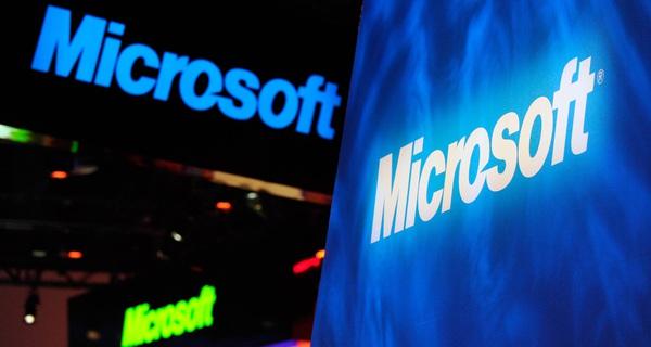 Microsoft đã trở lại một cách thần thánh, thống trị giới công nghệ năm 2016 ra sao?