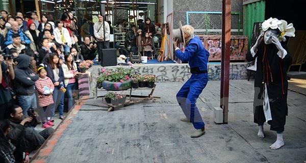 Lần đầu có sân chơi nghệ thuật đường phố dành cho giới trẻ Hà Nội