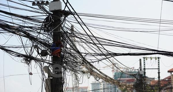 """Hà Nội sẽ dọn """"rác trời"""" tại 200 tuyến phố trong năm 2016"""