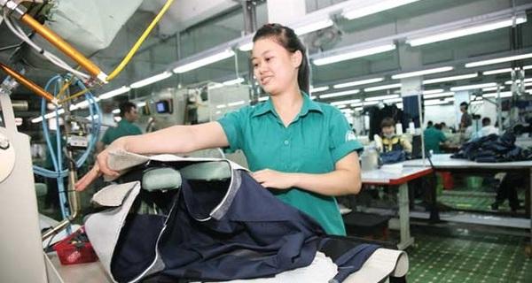 Kết quả hình ảnh cho Xuất khẩu dệt may 2017 dự kiến thu về 31 tỷ USD, giày dép - túi xách 18 tỷ USD